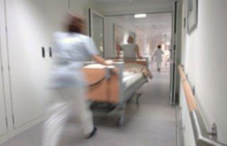 hospital-nurses-blur