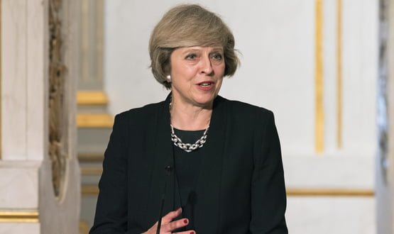 PM says tech companies should use AI as a weapon in cancer fight
